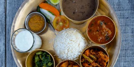 Eat in <em>Nepal</em>